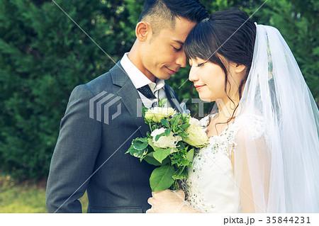 フォトウエディング 結婚 新郎新婦 35844231