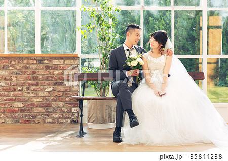 フォトウエディング 結婚 新郎新婦 35844238
