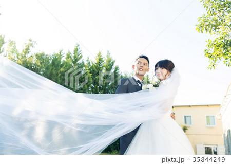 フォトウエディング 結婚 新郎新婦 35844249