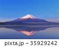 富士山 逆さ富士 山中湖の写真 35929242