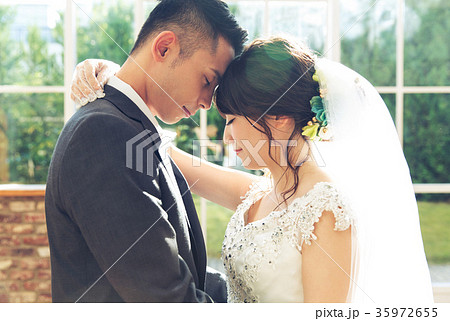 フォトウエディング 結婚 新郎新婦 35972655