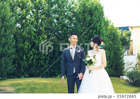 フォトウエディング 結婚 新郎新婦 35972665