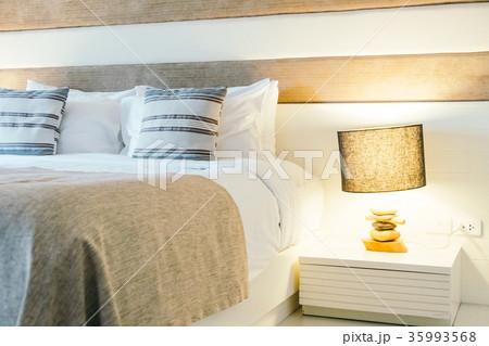 Pillow on bed decoration in bedroom interiorの写真素材 [35993568] - PIXTA