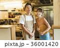 レストラン シェフとウェイター 36001420