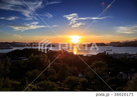 長崎の夕陽 36020175