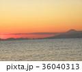 稲毛海岸から見た日没の後に見える富士山 36040313
