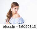 女性 若い ゆるふわの写真 36090313