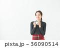 女性 20代 冬の写真 36090514