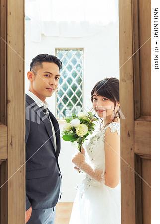 フォトウエディング 結婚 新郎新婦 36091096