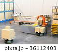ロボット 倉庫 ドローンのイラスト 36112403