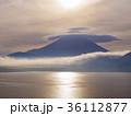 富士山と傘雲 36112877