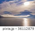 富士山と傘雲 36112879