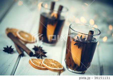 Mulled wine on white table in night celebration の写真素材 [36151131] - PIXTA