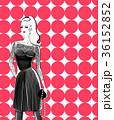 クリスマス ドレス 女性のイラスト 36152852