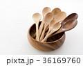 木のスプーンいろいろと木の器 36169760
