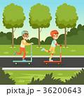 子供 子 スクーターのイラスト 36200643