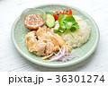 タイ料理、エスニック料理、海南鶏飯、カオマンガイ。パクチーを添えて。 36301274