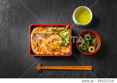 天重 和食 box lunch with tempura japanese food2 36322316