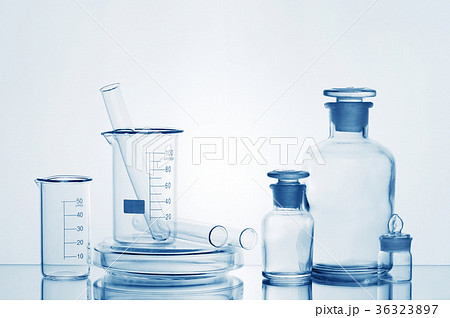 Various medicine bottles with transtarent liquidの写真素材 [36323897] - PIXTA