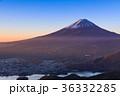 富士山 河口湖 秋の写真 36332285