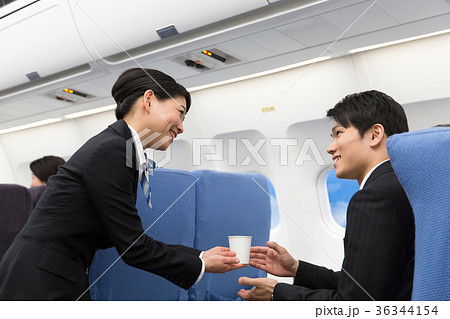 CA 機内 サービス 飲み物 ドリンク 36344154