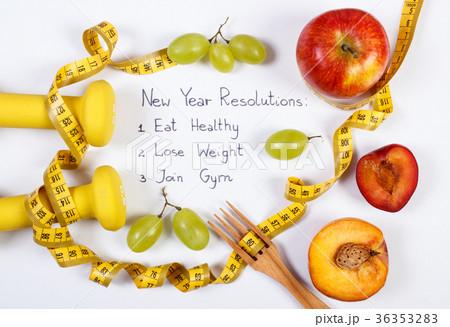 New year resolutions, fruits,dumbbells, centimeterの写真素材 [36353283] - PIXTA