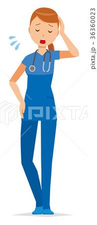 青いスクラブを着た女性看護師が疲れている 36360023