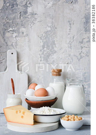 Dairy products over concrete grey wall backgroundの写真素材 [36382186] - PIXTA