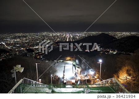 大倉山ジャンプ競技場から見た札幌の夜景 36421934