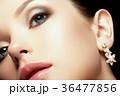 女性 メス 顔の写真 36477856