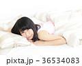 女性 若い リラックスの写真 36534083