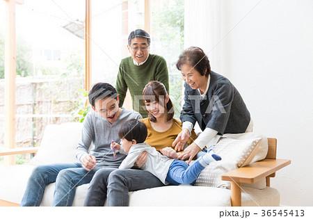 家族 3世代 36545413