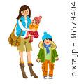 冬服の親子 36579404