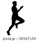 ランナー 走者 マラソンのイラスト 36587150
