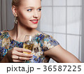 グラス ドレス イアリングの写真 36587225