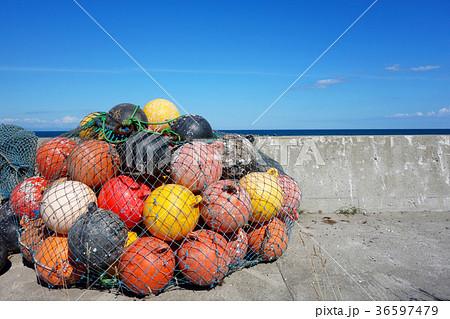 フロート ブイ 漁港イメージ素材 36597479