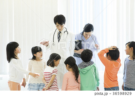 小学生 健康診断 36598929