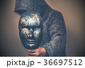 仮面 男性 人物の写真 36697512