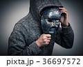 仮面 男性 人物の写真 36697572