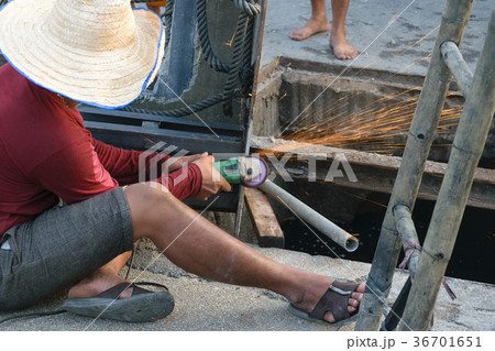 Working for drain cleaningの写真素材 [36701651] - PIXTA