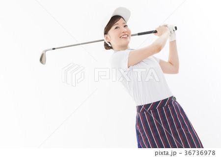 若い女性 ゴルフ 36736978