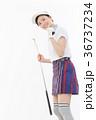 ゴルフ 女性 人物の写真 36737234