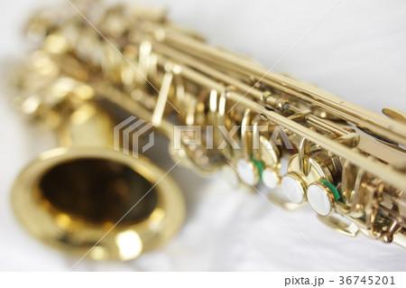 アルトサックス perming 楽器イメージ 写真素材 36745201
