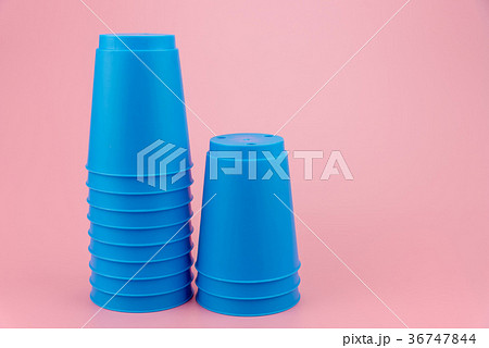 blue stacks plastic cups. Speed stack cup. 36747844