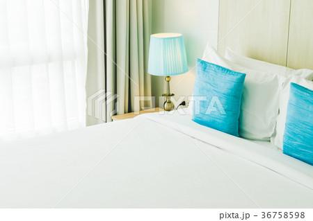 Comfortable pillow on bedの写真素材 [36758598] - PIXTA