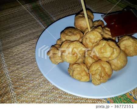 Meatballs fried in plateの写真素材 [36772551] - PIXTA