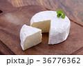 カマンベールチーズ 36776362