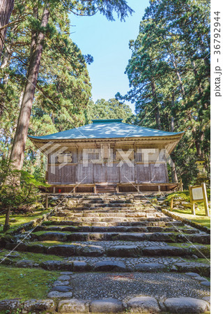 平泉寺白山神社 拝殿風景 36792944