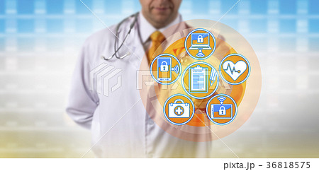 Doctor Transfers Data Between Networked Devicesの写真素材 [36818575] - PIXTA