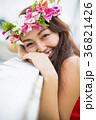 女性 ポートレート フラの写真 36821426